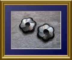 10   Metall Formen Blüte Schwarz/Silber