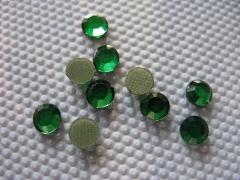 100   Strasssteine SS 16 Light Emerald