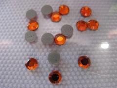 100   Strasssteine SS 16 Orange