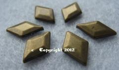50 Hotfix Bügel Bügelnieten Raute Antik Bronze 13 x 8nmm